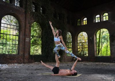 AcroYoga-urbex-yoga-belgique