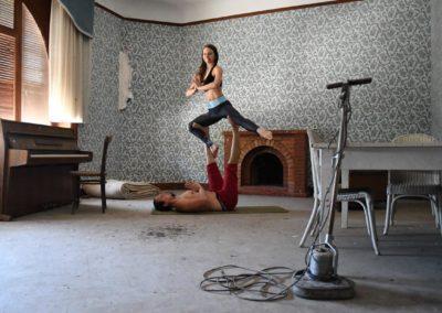 AcroYoga-urbex-yoga-france-evian