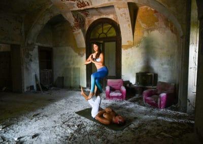 acroyoga-urbex-palazzo-M-italie-3