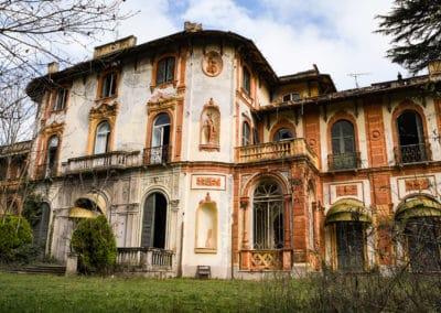 acroyoga-urbex-villa-rossi