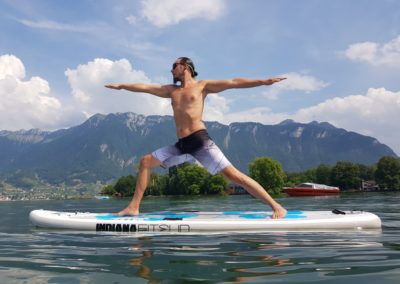 SUP-yoga-water-suisee