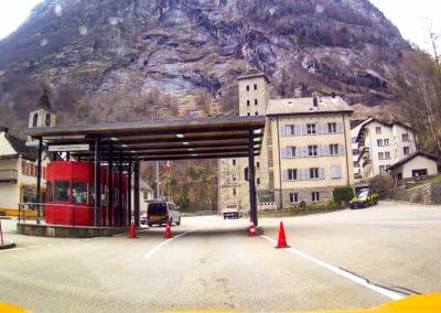 acroyoga-urbex-suisse-montreux-vevey