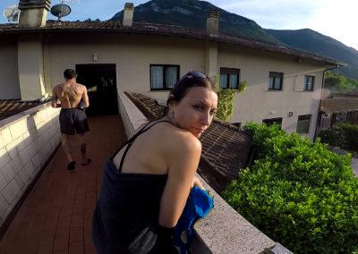 acroyoga-urbex-italie-Merloni-road5