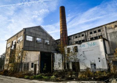 acroyoga-urbex-belgium-usine-m-road6